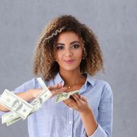 Ilustrasi uang (iStockphoto)