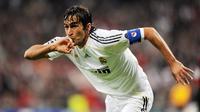 4. Raul Gonzalez - Pria asal Spanyol ini adalah jebolan akademi di Atletico Madrid. Sempat menjadi anak gawang di Los Rojiblancos ia malah mengukir sukses dan menjadi legenda di klub rival Real Madrid. (AFP/Javier Soriano)