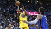 Kevin Durant membantu Warriors kalahkan Thunder  (AP)