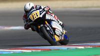 Pembalap Moto2 yang memperkuat Marinelli Rivacold Snipers, Romano Fenati. (Michal CIZEK / AFP)