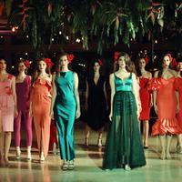 Maision.com menghadirkan koleksi barunya nan colourful namun tetap eksklusif. (Foto: Fimela.com/Nurwahyunan)