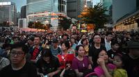 Puliuhan ribu orang melakukan aksi protes di Hong Kong (AFP/Anthony Wallace)