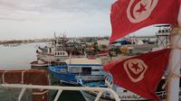 Kota Zarzis di pesisir utara Tunisia, yang kerap menyaksikan insiden tenggelamnnya kapal imigran yang hendak menyeberang ke Eropa (AFP/Fathi Nasri)