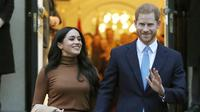 Meghan Markle dan Pangeran Harry. (Instagram/ (AP Photo/Frank Augstein, File)