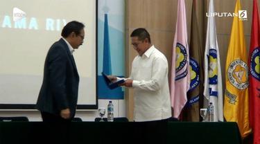 Menteri Agama (Menag) Lukman Hakim Saifuddin mempertanyakan sikap Komisi Pemberantasan Korupsi (KPK) yang menyoroti kartu nikah.