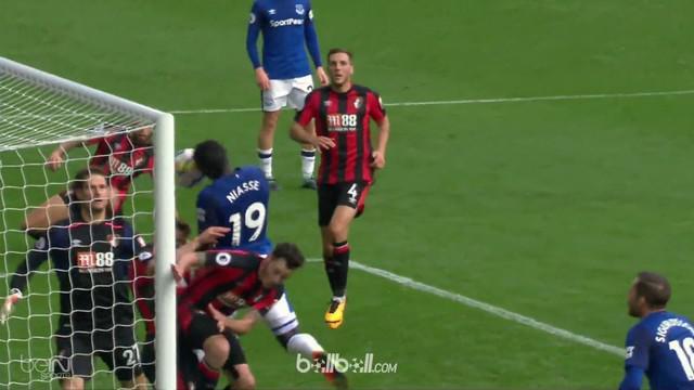 Everton meraih kemenangan 2-1 saat menjamu Bournemouth di Goodison Park, Sabtu (23/9/2017). This video is presented by Ballball