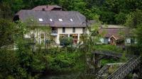 Hotel tempat terjadinya teror panah maut di wilayah Bavaria, Jerman (AFP)