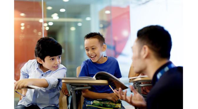 Good news! EF sedang bekerja sama dengan salah satu e-commerce terbesar di Indonesia yakni Blibli.com. EF menawarkan promosi menarik bagi para siswa baik siswa baru maupun siswa aktif yang mendaftarkan diri pada periode 27 April – 8 Mei 2017. Yuk, ke EF!