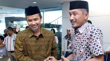 Dua bersaudara, Aziz Qahhar Mudzakkar (kiri) dan Andi Mudzakkar (MUHAMMAD IDHAM AMA/FAJAR/Jawa Pos Group)