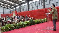 Wamendag Jerry Sambuaga saat meresmikan gudang SRG Bawang merah di Brebes (dok: Kemendag)