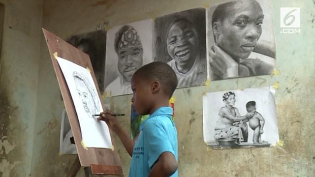 Seniman profesional termuda asal Nigeria ini baru saja menginjak usia 11 tahun. Karya-karyanya bergenre 'Hiper-Realisme' .