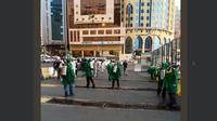 Jangkrik bermunculan di Mekah. Dok: @holymakkah