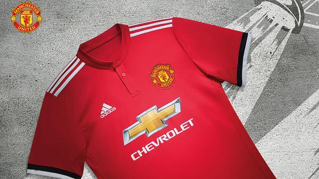3e3a95df50f Manchester United. Jersey kandang anyar Manchester United musim ...