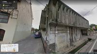 Gedung di antara Restoran Galangan VOC dan Raja Kuring Kota Tua (Liputan6.com/Google Street View)
