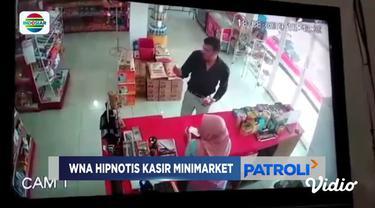 Sebuah video dari kamera pengawas viral di media sosial. Video ini merekam aksi dua orang diduga warga negara asing melakukan pencurian dengan cara hipnotis atau gendam.