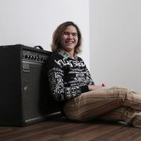 Dul Jaelani mengungkap lagu terbarunya dipersembahkan untuk seseorang spesial. (Daniel Kampua/Fimela.com)