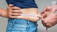 Tanpa olahraga, Anda juga dapat mengusir perut buncit yang mengurangi rasa percaya diri itu. Berikut caranya.