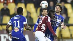 Lenny Nangis merupakan pesepakbola asal Prancis. Namun karena gagal menembus timnas Prancis, Nangis kini memilih memperkuat timnas Guadeloupe. Dia melakukan debut tahun 2018. (Foto: AFP/Jean Christophe Verhaegen)