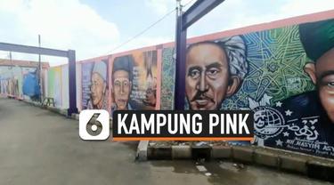 Zona hitam rawan kriminalitas di Kelurahan Tanah Tinggi, Tangerang, Banten kini telah berganti wajah menjadi kampung pink yang ramah untuk dikunjungi wisatawan berkat niat baik melakukan perubahan warganya.