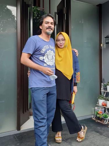 Teddy Syach dan Rina Gunawan
