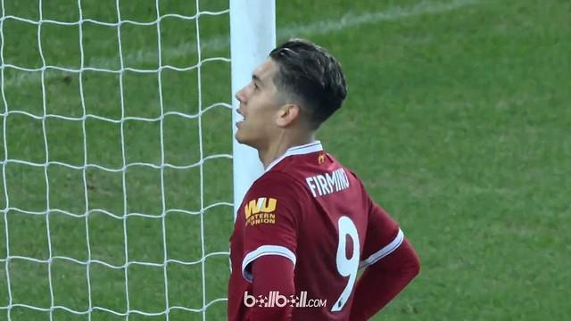 Roberto Firmino dan Adam Lallana gagal mencetak gol ketika miliki peluang di depan gawang. This video is presented by Ballball.