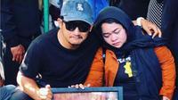 Isa Bajaj dan Sinyoritas mengantarkan Agung Hercules ke peristirahatan terakhir (Foto: Instagram/@isa_bajaj)