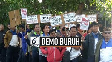 Ratusan buruh Suzuki Indomobil motor demo di depan pabrik menuntut kesejahteraan. Mereka menutut perbaikan, upah, dana pensiun, dan kenaikan uang pengobatan. Demo berlangsung 3 jam tanpa ditemui pihak manajemen.