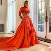 JLo dengan gaun glamour dan tubuh fitnya | instagram.com/jlo