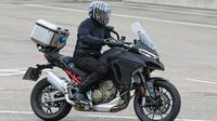 Ducati Multistrada V4 (Car and Bike)