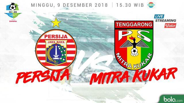 Kiper Persija Jakarta, Andritany Ardhiyasa melakukan penyelamatan krusial saat menghadapi Mitra Kukar.