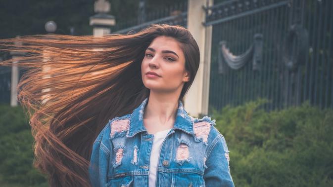 12 Arti Mimpi Rambut Panjang, Anda Harus Tahu Makna ...