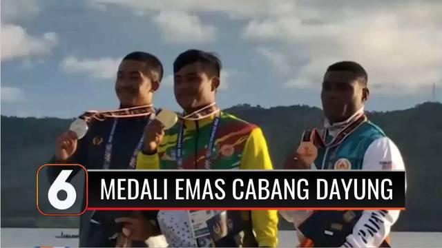 Kontingen Jawa Barat berhasil memboyong enam medali emas cabang olahraga dayung nomor rowing dalam PON di Papua.