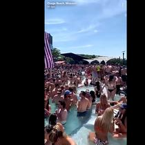 Video pool party di Lake of the Ozarks. Video ini viral di Snapchat, kemudian di Twitter.