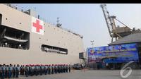 Dua buah kapal perang dilepas untuk diberangkatkan ke Raja Ampat, Tanjung Priok, Jakarta, Jumat (8/8/2014) (Liputan6.com/Andrian M Tunay)