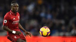 Performa apik Mane turut membawa Liverpool sementara menduduki puncak klasemen Premier League di musim 2019/20. (AFP/Glyn Kirk)