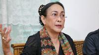 Dalam klarifikasinya, Sukmawati juga mengatakan tidak ada niatan untuk menghina umat Islam. Apalagi ia juga merupakan salah satu anak tokoh Muhammadiyah. (Nurwahyunan/Bintang.com)