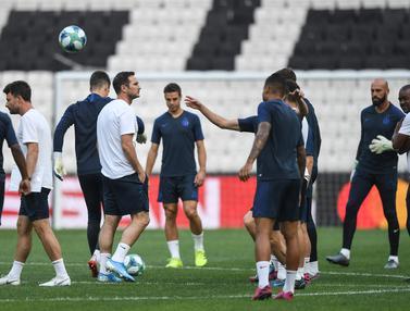 Hadapi Liverpool di Piala Super Eropa, Pemain Chelsea Semangat Berlatih