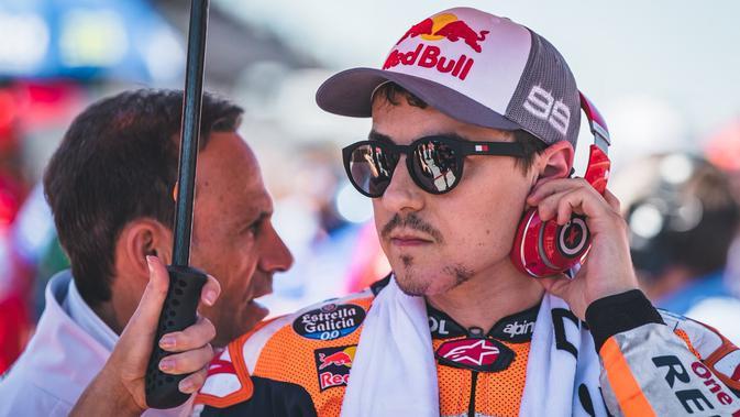 Rider Repsol Honda Team, Jorge Lorenzo, masih belum menemukan performa terbaiknya di MotoGP 2019. (Twitter/Repsol Honda Team).