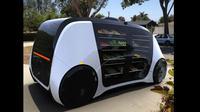 Robomart mobil self-driving yang berjalan sendiri menjual sayur dan buahan-buahan.(Robomart)