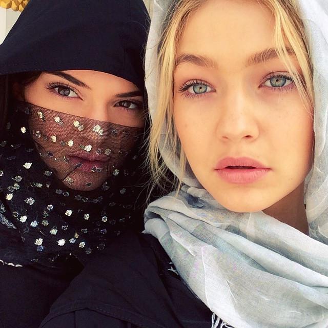 Kendall Jenner dan Gigi Hadid. (Instagram/ gigihadid - https://www.instagram.com/p/xMPxUPjCZQ)