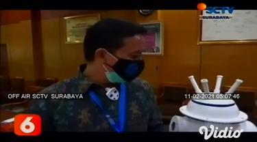 Upaya penanganan pasien Covid-19 di RSUD Dr Soetomo Surabaya, diharapkan lebih maksimal dengan adanya robot otonom multiguna. Bantuan Lembaga Ilmu Pengetahuan Indonesia (LIPI). Robot ini memiliki tiga fungsi.