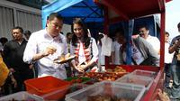 Ketua Umum Perindo Hary Tanoe meninjau Bazar Murah Perindo di kawasan Bangka, Jakarta Selatan. (Istimewa)