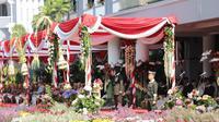 Upacara Hari Pahlawan di Balai Kota Surabaya pada Minggu, 10 November 2019. (Foto: Liputan6.com/Dian Kurniawan)