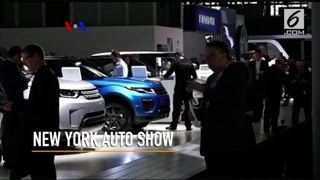 Pameran tahunan New York International Auto show digelar di New York, AS menampilkan beragam mobil swakemudi dan mobil otonom mutakhir.