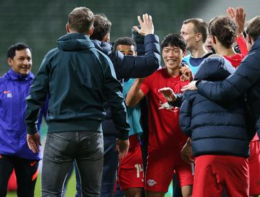 FOTO: Menang Dramatis 2-1 atas Werder Bremen, RB Leipzig Lolos ke Final DFB Pokal - Hwang Hee-chan; Tim RB Leipzig