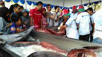 Bazar ikan murah pun digelar di beberapa provinsi di Indonesia