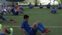 Timnas Pelajar U-18 menggelar latihan ringan di lapangan futsal jelang menghadapi Malaysia di semifinal ASFC (dok: Kemenpora)