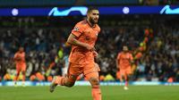 2. Nabil Fekir - Bintang Lyon yang bersinar membuat Liverpool terpikat. Liverpool lebih ngebet mendatangkan Nabil Fekir usai Coutinho memastikan diri pindah ke Barcelona. (AFP/Oli Scarff)