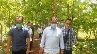 Direktur Pengolahan dan Pemasaran Hasil Tanaman Pangan, Kementan, Gatut Sumbogodjati  di Gunung Kidul, Jawa Tengah. Dok Kementan