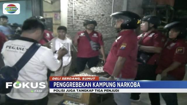 Polsek Pancur Batu gerebek perkampungan di Deli Serdang, Sumatera Utara, yang menjadi sarang peredaran narkoba dan perjudian.